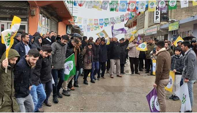 HDP Van ve Hakkari'de seçim çalışmalarını sürdürdü