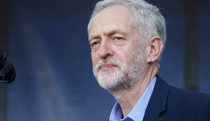 İngiltere'de ana muhalefetten hükümete gensoru gözdağı