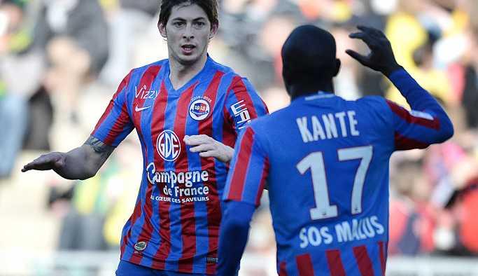 N'golo Kante, Emiliano Sala'yı arama çalışmalarının devam etmesi için tüm masrafları karşılamayı teklif etti