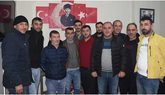 Nusaybin'de, 'destek alamadık' diyen CHP'liler istifa etti