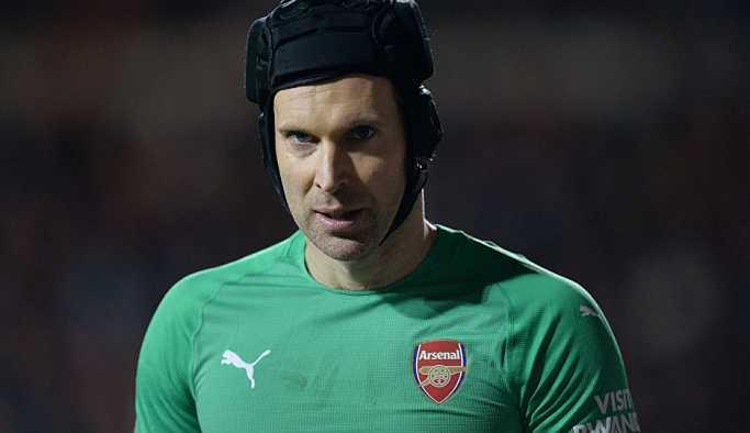 Peter Cech sezon sonu emekli oluyor