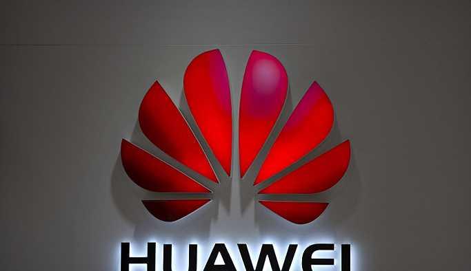 Polonya'da biri Huawei çalışanı iki kişi casusluk suçlamasıyla gözaltına alındı
