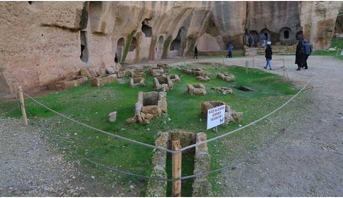 Tepkiler üzerine Dara Antik Kenti yeniden ziyarete açıldı