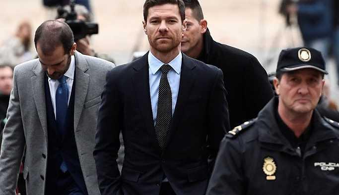 Xabi Alonso'nun vergi kaçırma davası ertelendi