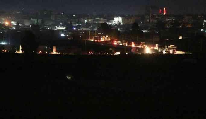 ABD'nin Suriye'ye gönderdiği 300 araçlık konvoy görüntülendi