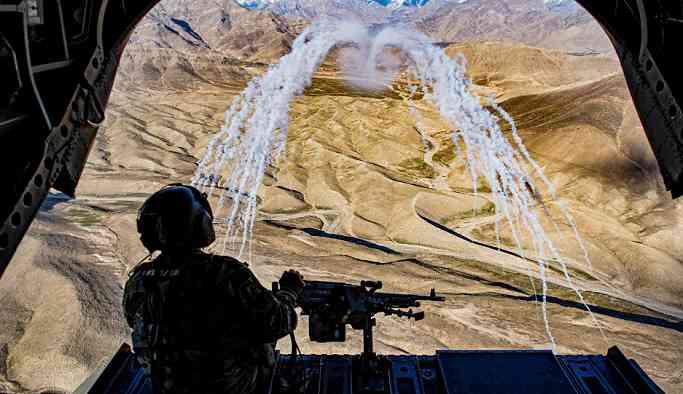 Afganistan'da düzenlenen hava saldırısında 20 sivil öldürüldü