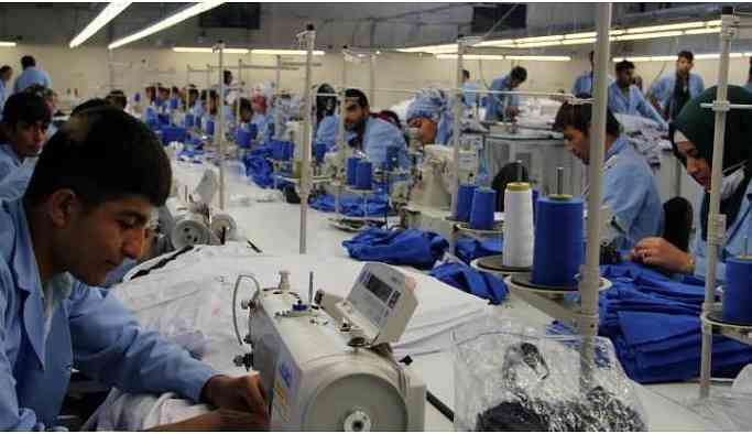 Antep'te tekstil işçileri asgari ücret altındaki zamma tepkili
