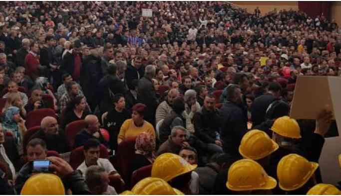 Emeklilikte yaşa takılanlar Ankara'da buluştu: Hesap soracağız