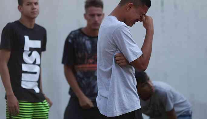 Flamengo tesisinde çıkan yangında genç takımdan futbolcular öldü ve yaralandı