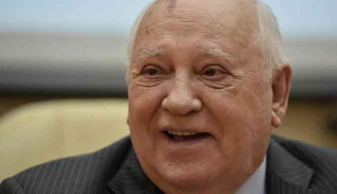 Gorbaçov: ABD, INF'den mutlak askeri üstünlük sağlamak ve dünyaya kendi iradesini dayatmak için çekiliyor
