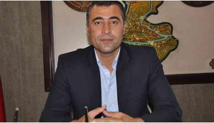 HDP'nin Batman Belediyesi Eşbaşkan Adayı Özdemir gözaltına alındı