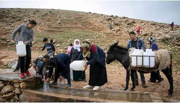 'İnsanlar aya çıkarken köyümüzde su yok'