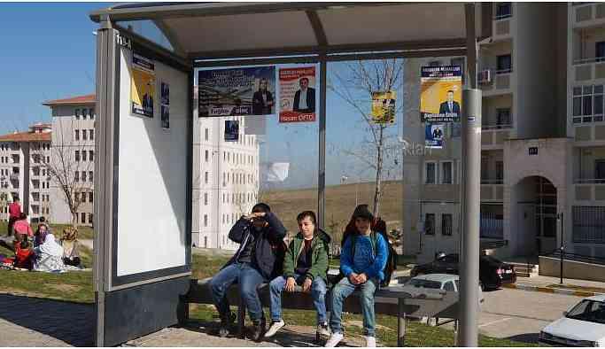 İşsiz kalan muhtarlığa başvurdu: 37 bloklu mahallede 40 aday