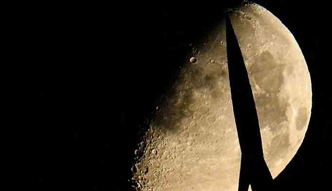 'Rusya, Ay'da maden çıkarmayı planlıyor'