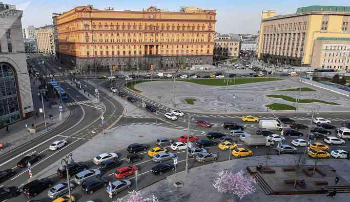 Rusya'da çevre dostu olmayan otomobillerin trafiğe çıkışı kısıtlanacak