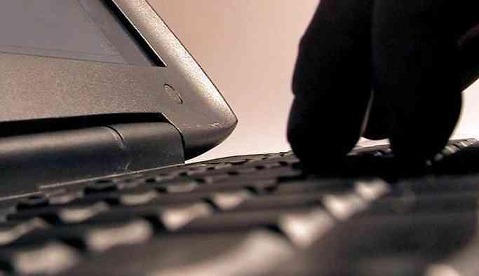 Rusya'dan 'siber tatbikat': Tüm ülkede internet bağlantısı kesilecek