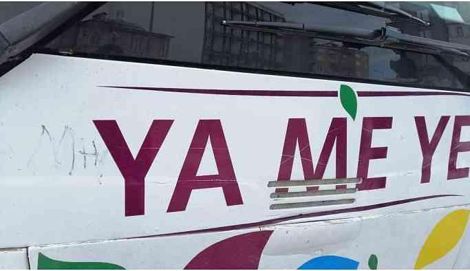 Van'da HDP'nin seçim otobüsüne saldırı