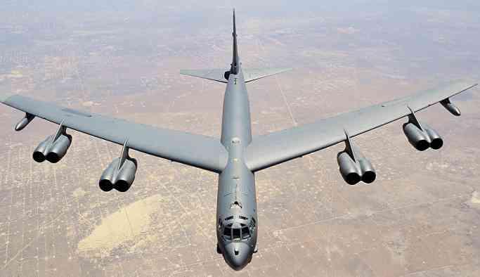 ABD, nükleer bombardıman uçaklarını Avrupa'ya gönderdi