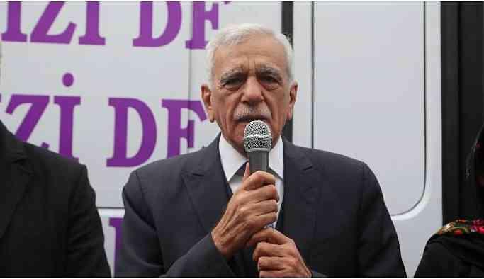 Ahmet Türk'ten kayyumlara: Atla geldiler, yürüyerek gidecekler