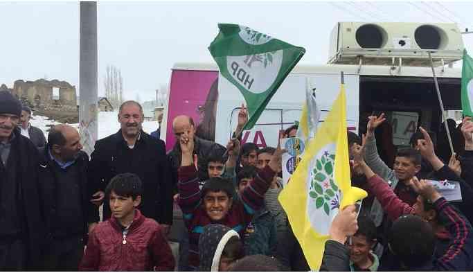 HDP adayları halka buluşmaya devam ediyor