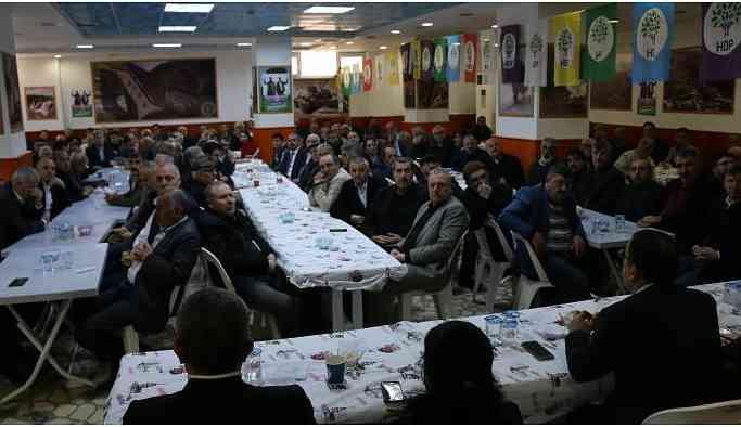 HDP Bağcılar'da yöre dernekleri ile kahvaltıda bir araya geldi