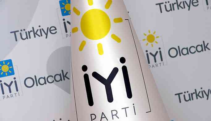 İzmir'de İYİ Parti'den istifalar: MHP'li adayı destekleyeceğiz