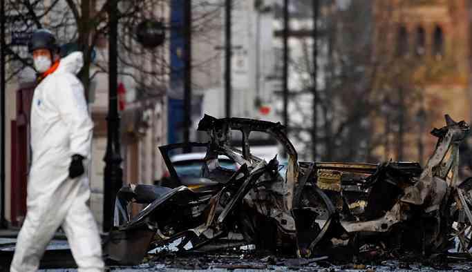Londra ve Glasgow'daki bombalı paketleri IRA üstlendi