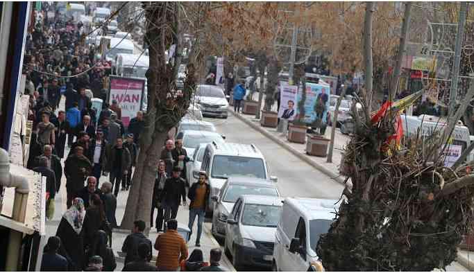 Vanlılar: HDP 14'te 14 yapacak