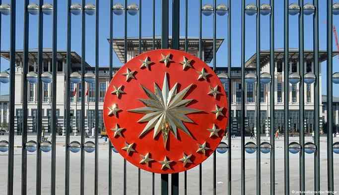 """""""Yeni Türkiye""""nin ilk seçimleri: Cumhurbaşkanı muhalefete karşı"""