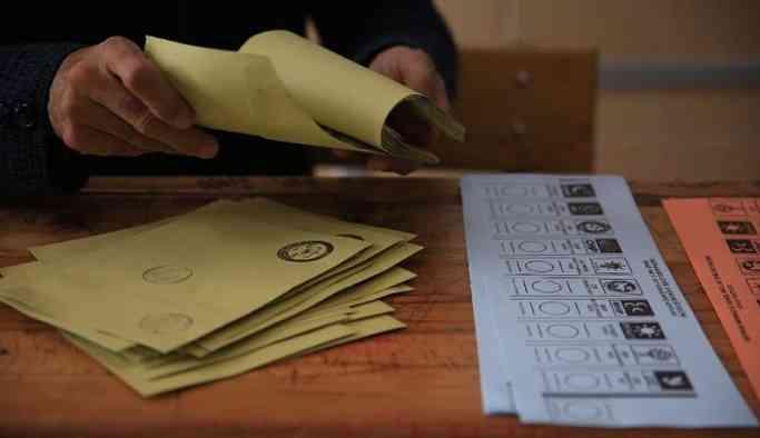 'AKP İstanbul'da seçimi tekrarlatacak, CHP'li seçmenin tatile gitmesini de umacaklar'