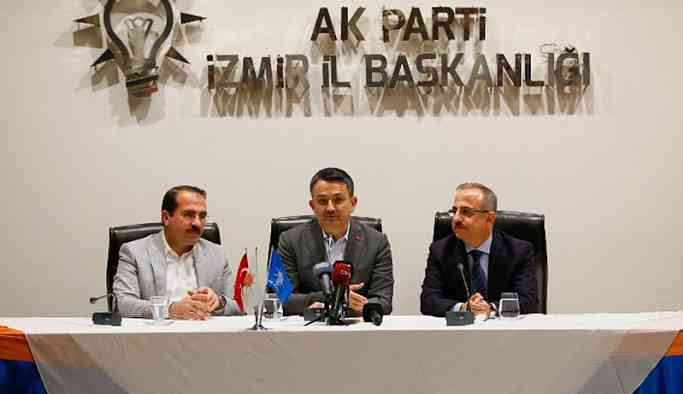 AKP'li Pakdemirli: Gönüllere giremedik