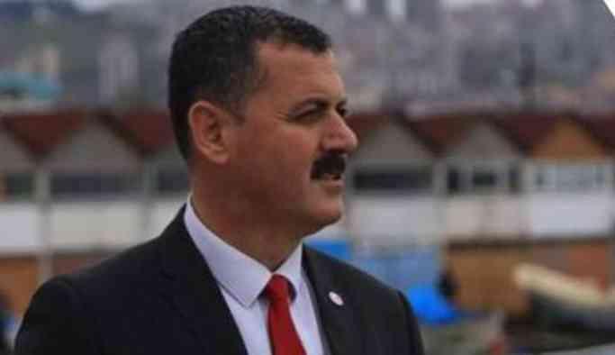 """Devletin müdürü AKP'ye oy vermeyenlere """"Piç kuruları' dedi"""