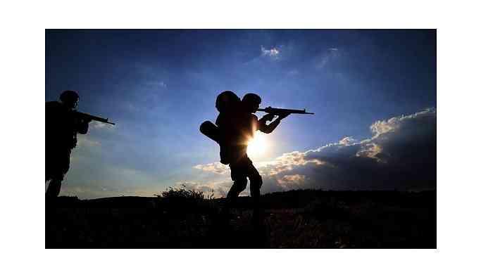 Bingöl'de çıkan çatışmada 2 asker yaralandı
