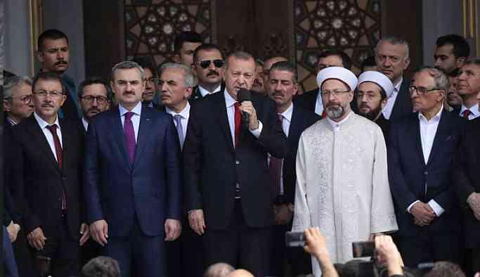 Erdoğan'dan iki üniversite bitirmiş kadına skandal sözler!