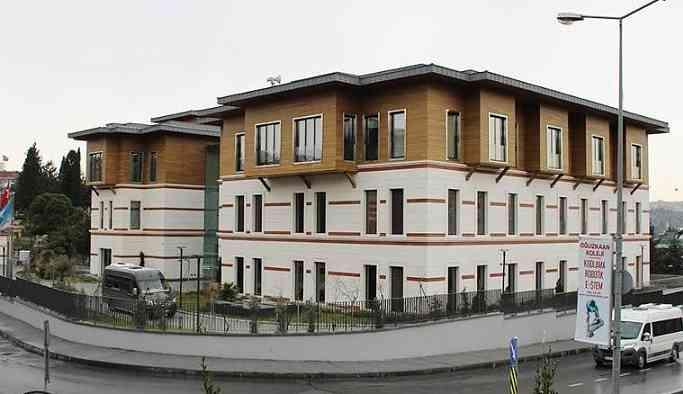 İBB 30.3 milyon TL harcadığı binayı vakfa verdi