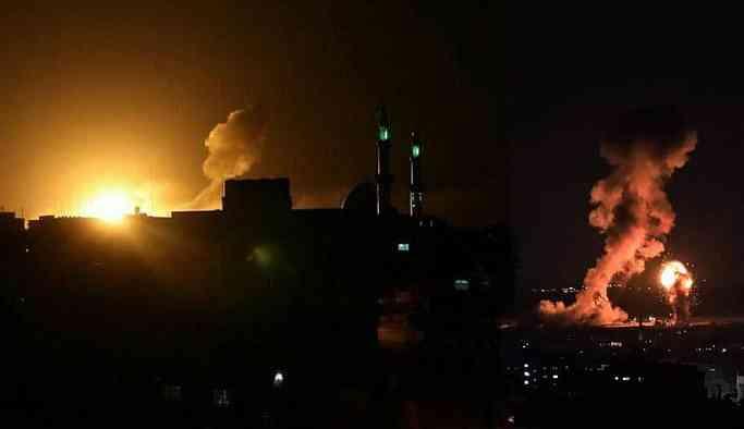 İsrail'den Gazze'ye hava saldırısı: Biri bebek 3 ölü, 12 yaralı