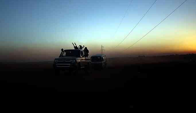 Suriye güçleri İdlib il sınırına yaklaşıyor