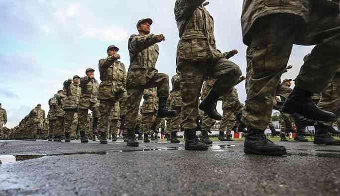 'AKP yönetimi, askerlik yasası önerisinde değişiklik düşünüyor'