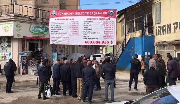 Kayyumun bıraktığı borç HDP'li belediyeyi işlemez hale getirdi