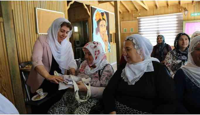 Çınar Belediyesi'nden kadınlar için iki dilli kurs