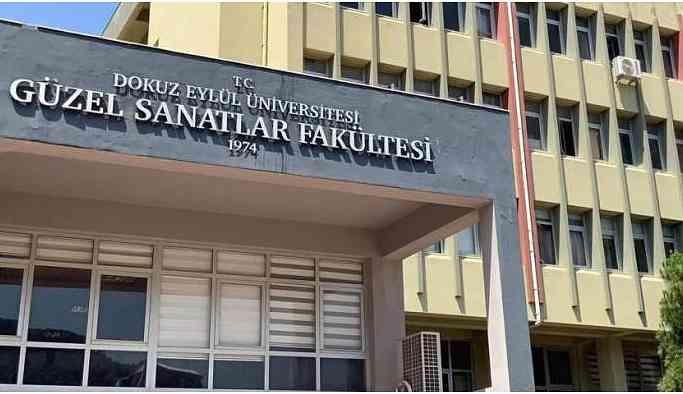 DEÜ'de 5 akademisyen görevden alındı