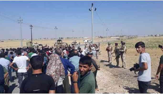 Irak askerlerinden Mahmurluların yürüyüşüne engel