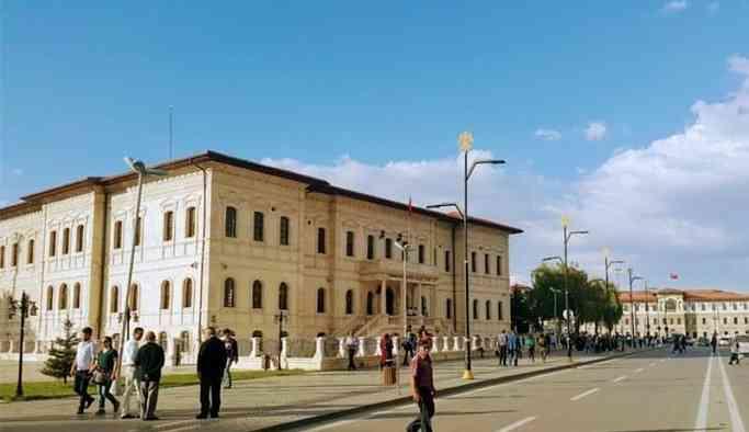 İstiklal Caddesi'nin adı Muhemmed Mursi Caddesi oluyor