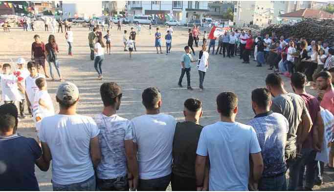 İzmir'de gençlik şöleni: Bağımlı olma, özgür ol