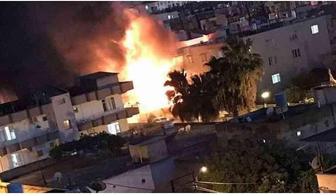 Reyhanlı'da bir depoda patlama ve yangın: 7 yaralı