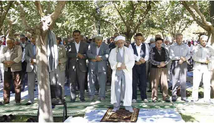 Sivil cuma namazı kıldıran imama 6 yıl 3 ay hapis