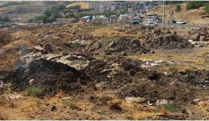 Sur Belediyesi kayyumun bıraktığı çöpleri topluyor