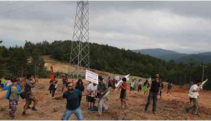 Alamos Gold'dun çölleştirdiği alana tohum topları fırlatıldı