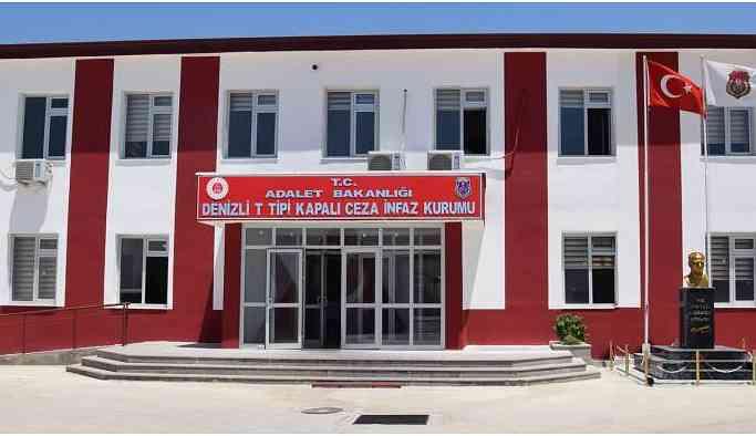 Cezaevi'nde Kürtçe konuşana fotoğraf yok!