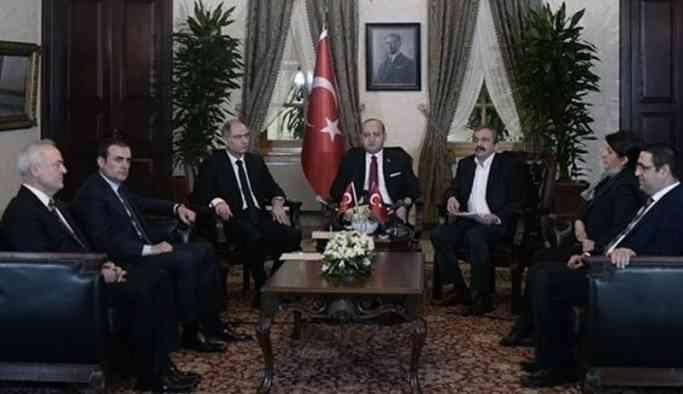 Kimin nereye oturacağını Erdoğan A4 kağıda çizdi!